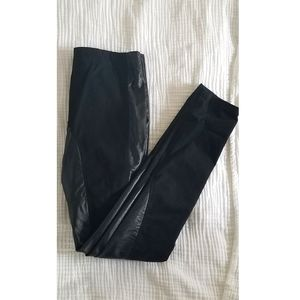 💫2 for $30 NWT VERO MODA Faux Leather Pants 💫